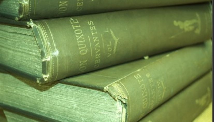 background_of_old_books_201502